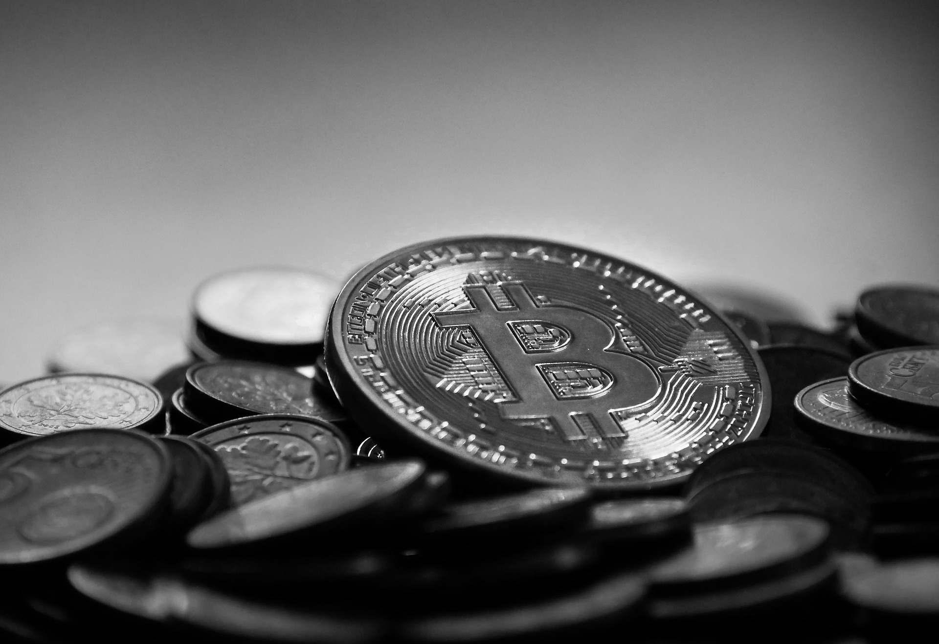 In Kryptowährungen investieren – Wertanlage und passives Einkommen dank Bitcoin und Co.